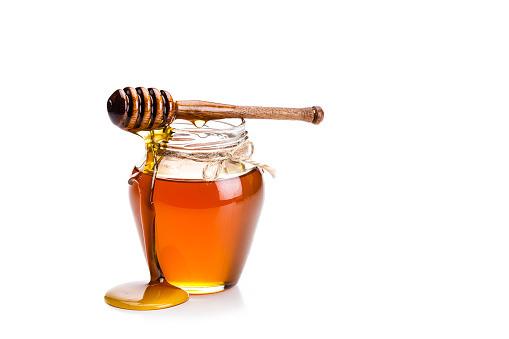 قیمت خرید اینترنتی عسل انگبین خوانسار ساکارز 1.8 خالص بدون خوراک به زنبور قیمت عمده و خرده عسل کوه های خونسار فروشگاه ای